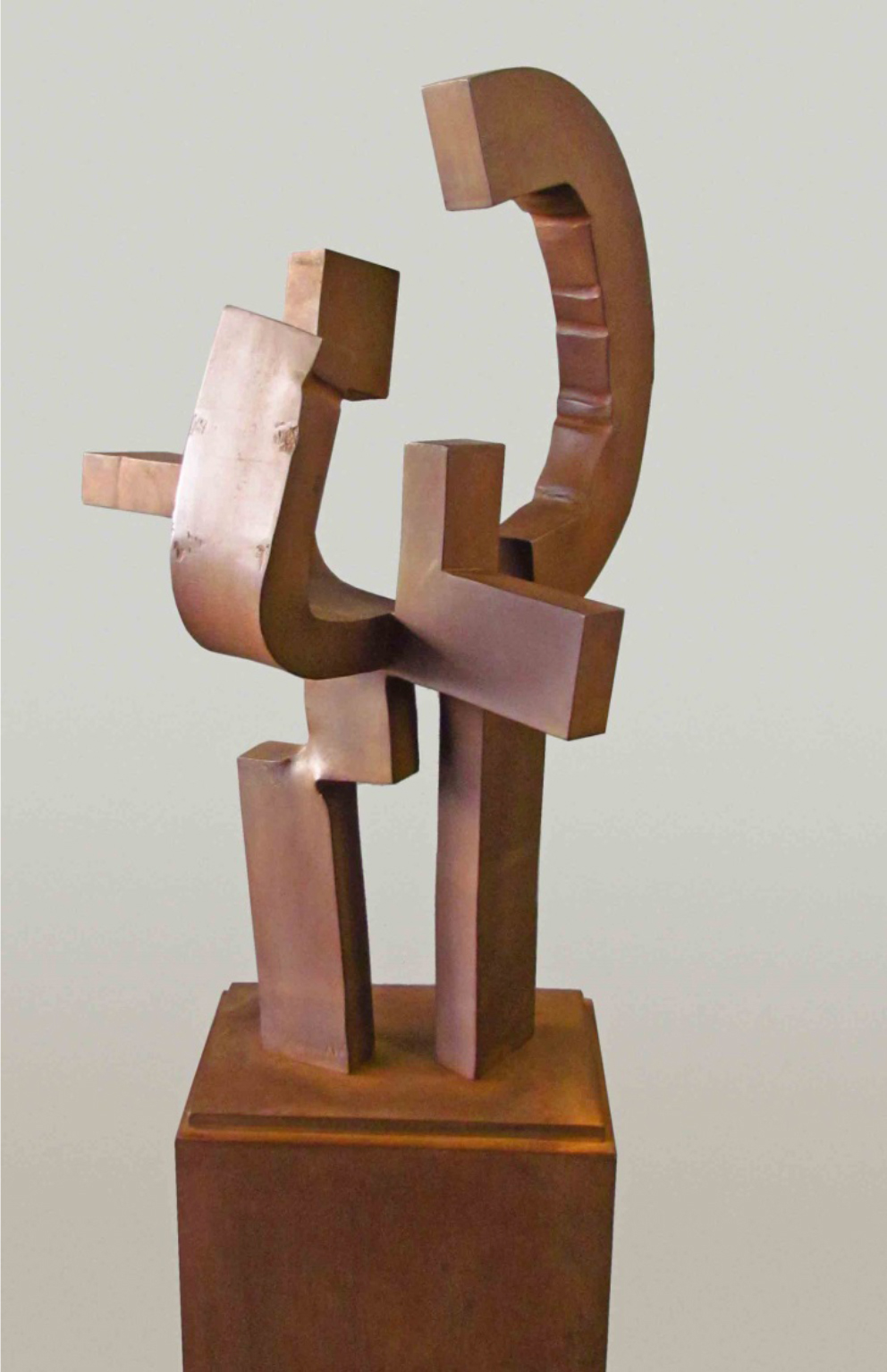 <strong> Carlos Albert</strong> Dama Azul, 162 x 45 x 32cm Hierro forjado Acero Corten, año 2015