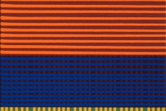 <strong> Francisco Suárez </strong> CAMPOS CROMÁTICOS 82, NARANJA AZUL Y AMARILLO SOBRE VERDE, 75 x 43 cm, Acrílico sobre tabla, Año 2015