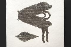 1.Bronceli-287-x-295-cm-Cerámica.-Raspado-de-una-capa-de-arcilla-blanca-soporte-de-arcilla-negra-2020_Bombin