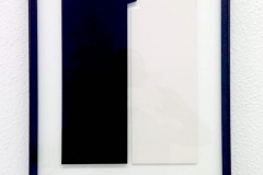 1_Lisardo-ST-475-x-265-x-68-cm-DM-lino-cartón-pluma-vinilo-acrílico-aluminio-y-cristal-2010-3